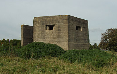 Appledore pillbox